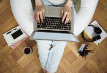 במשרד הביתי: עבודה מהבית, ביטוח דירה ומה שביניהם